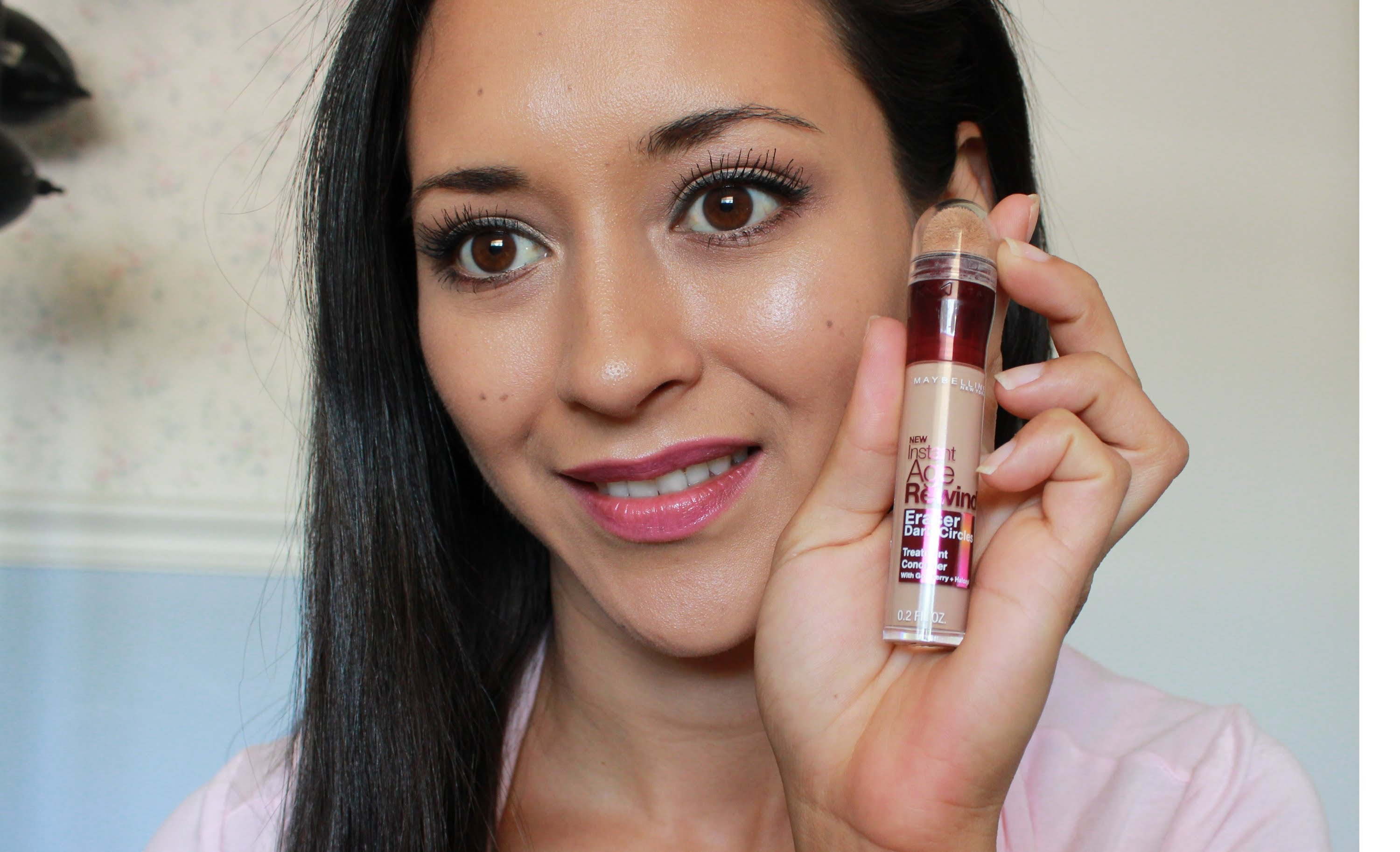 khach-hang-tin-dung-maybelline-age-rewind